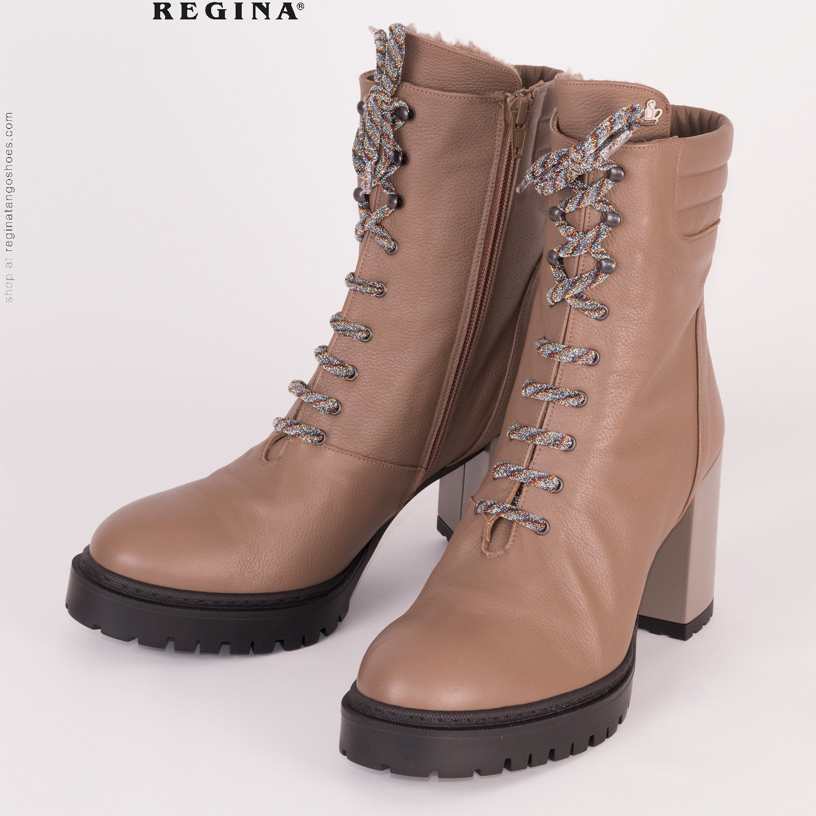 Boots poseidone front