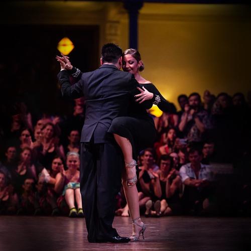 Noelia Hurtado and Carlitos Espinoza dance